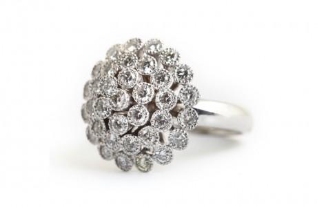 טבעת זר פרחים ססגונית
