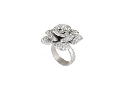 טבעת זהב ''שושנה'' משובצת ביהלומים